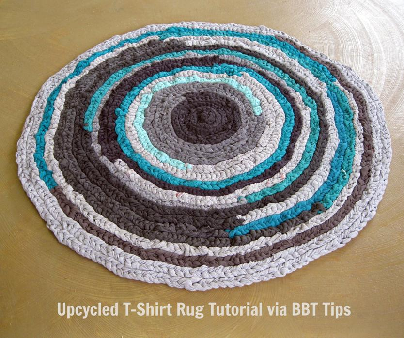 upcycled teal and gray t-shirt rug tutorial