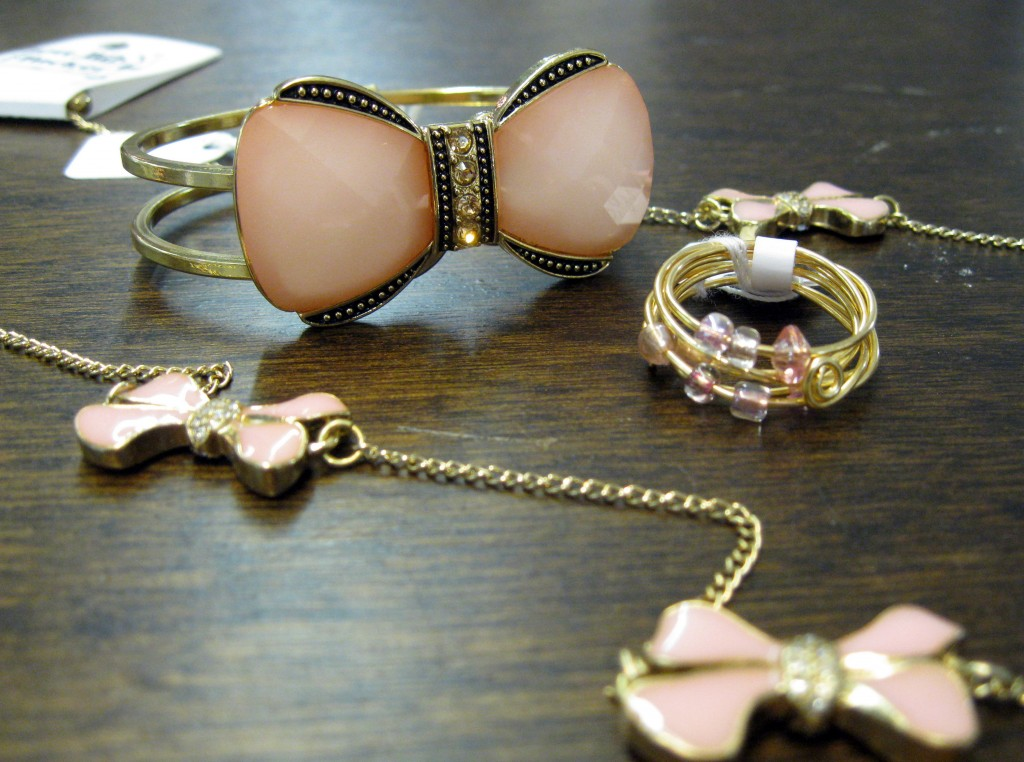 Pink and Gold Bow Jewelry Best Bib and Tucker