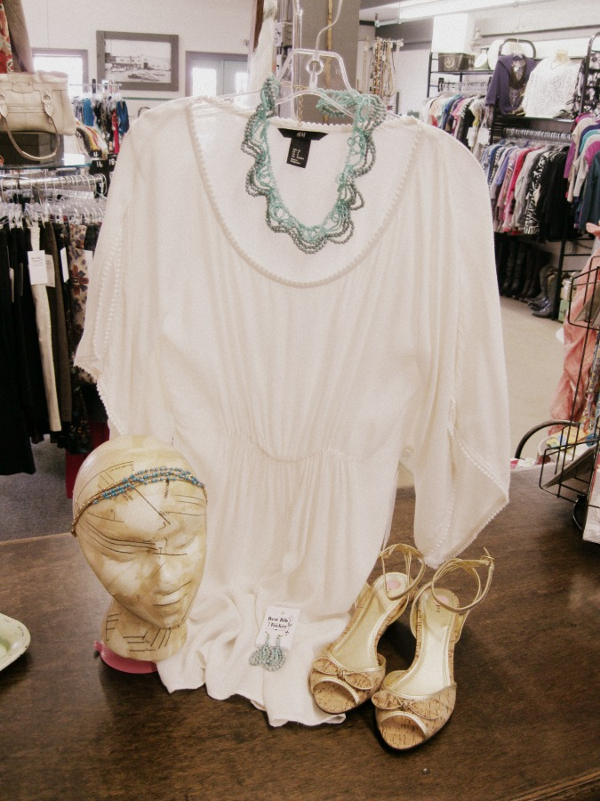 70s boho top and jewelry