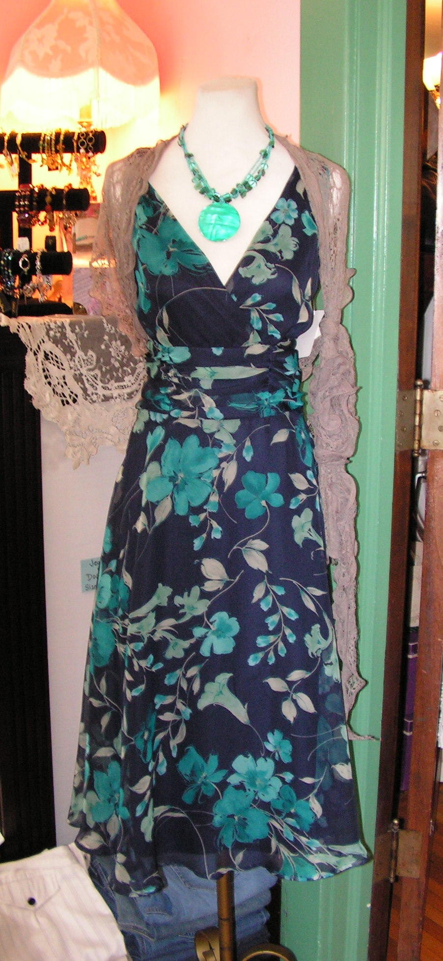 Q a wedding guest attire for Afternoon wedding guest dresses
