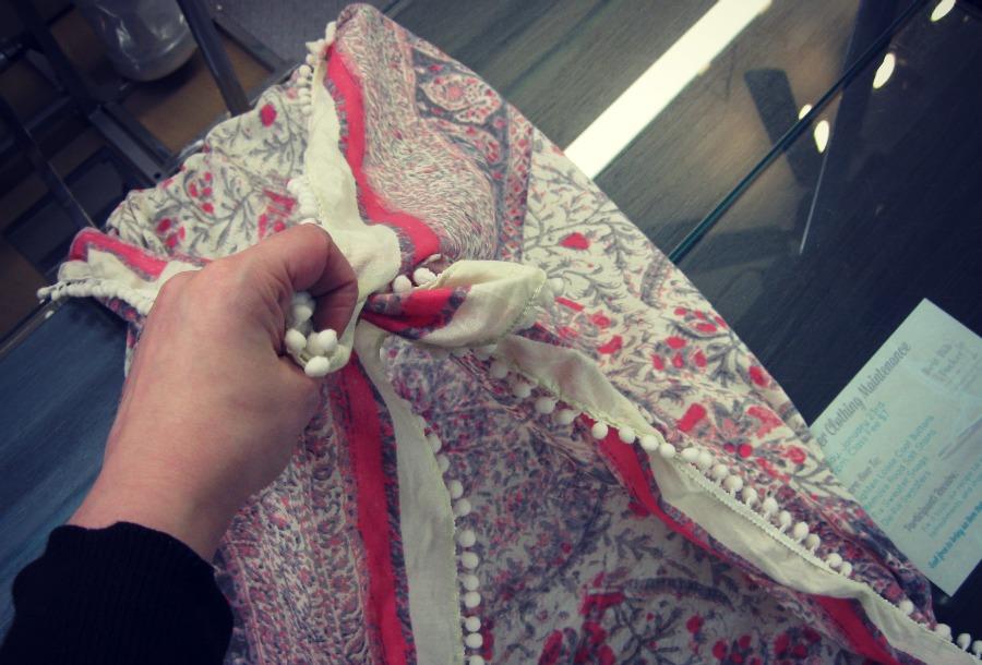 crisscross knot step 1