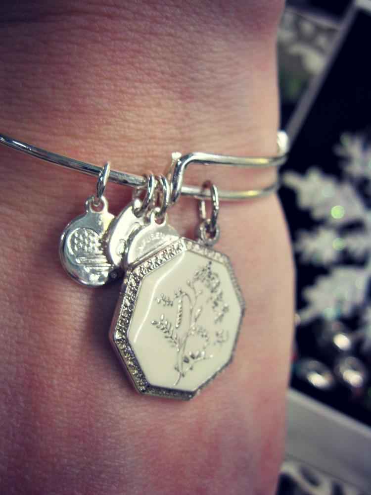 alex-ani-bracelet